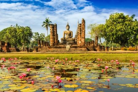 thailand art:  Buddha Statue at Wat Mahathat in Sukhothai Historical Park,Thailand