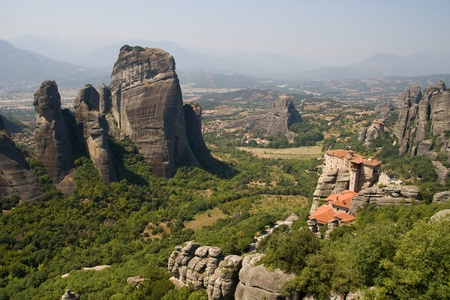 thessaly: Panorama of the Meteora valley with the Roussanou monastery on the right in Thessaly, Greece  Stock Photo