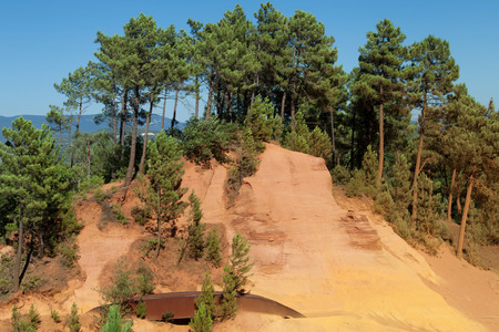 roussillon: Path of the Ochres in Roussillon, Luberon, Provence, France