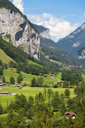bernese oberland: Lauterbrunnen cliffs in the Bernese Oberland, Switzerland.