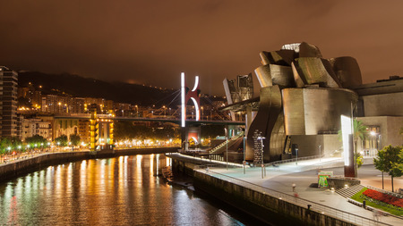 bilbo: Nervion river at night, Bilbao, Basque Country, Spain.