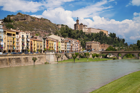 Sanctuary of the Sant Crist from the River Segre in Balaguer, Catalonia. Banco de Imagens - 102580042