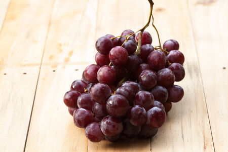 red grapes photo
