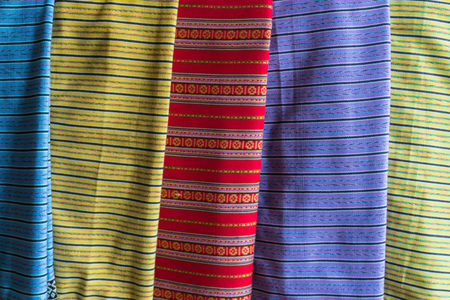 trabajo manual: Thai colorful tradition handwork fabric of hill tribe at northern of Thailand.