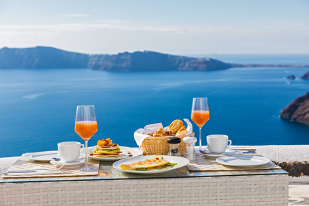 beautiful location: Fresh Breakfast in a beautiful location with sea views