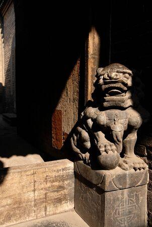ancient lion: ancient lion statue