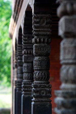 karnataka culture: hindu temple columns