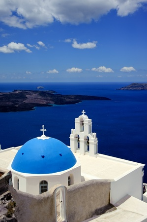 Wonderful view of City buildings and bay on Santorini, Greece  스톡 사진