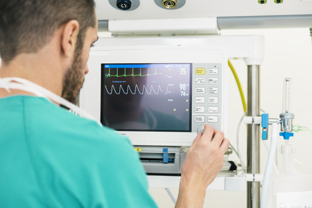 Medical doctor making ECG test in hospital. Medical Concept Stockfoto