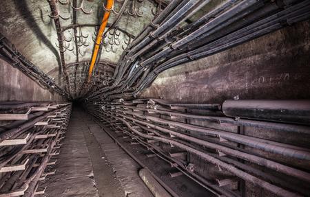 通信のトンネル