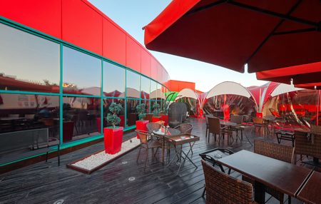 MOSCOW - SEPTEMBER 2014: The design of the stylish and modern interior of the Japanese restaurant Tokyo Bay. Open veranda on the roof Editöryel