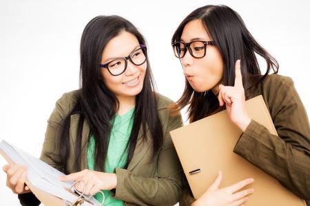 working woman: successo donna asiatica di lavoro di lavoro in team