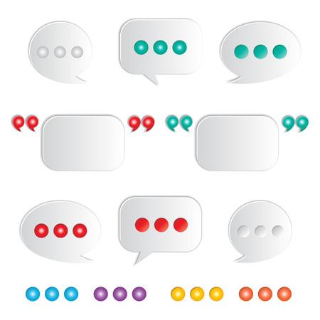 conjunto de globos de texto en blanco con marcas quatation