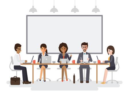 Hommes et femmes d'affaires se réunissent dans la salle de conférence, l'équipe des activités de réflexion ensemble dans le bureau. Banque d'images - 72110587