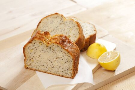 Single Slice Cake with Poppy