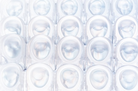 packs of contact lens
