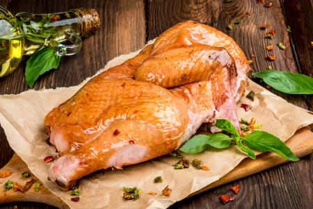 Half smoked chicken shot in close-up d cor Standard-Bild
