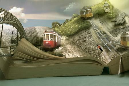 Magische reis boek, trams en steden. Dimensionale pagina geopend