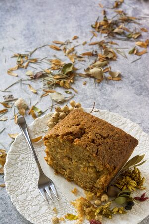 snack time: carrot cake, autumn leaves at snack time