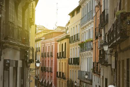 マドリード、「Lavapies」スペインのカラフルな古い地区