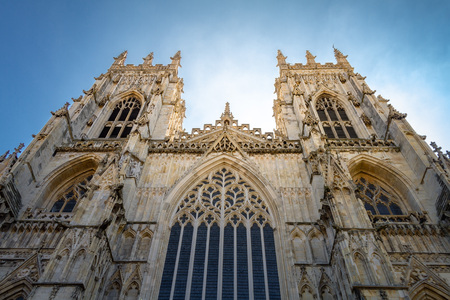 Gorgeous glowing view of York Minster Cathedral in Yorkshire, England UK. Zdjęcie Seryjne