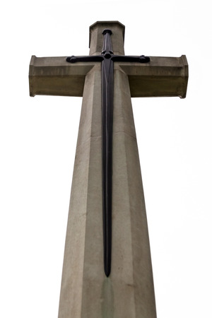 memorial cross: The Cross of Sacrifice is a Commonwealth war memorial designed, duplicates and imitations have been used around the world. this cross is in Kanchanaburi War Cemetary, main prisoner of war cemetary from world war two. Foto de archivo