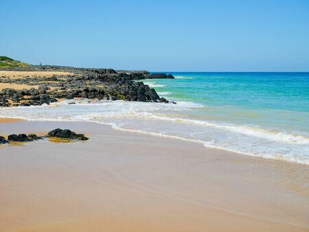 mare agitato: Bunbury beach on a sunny day