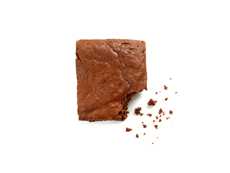 Homemade chocolate brownie with crumbs isolated on white Stockfoto