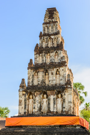 Wat Chama Thewi (Wat Kukut). Constructed around the 13th century A.D.Pagoda adorned with standing Buddha