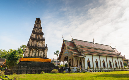 dvaravati: LAMPHUN,THAILAND-September 28:Wat Chama Thewi (Wat Kukut). Constructed around the 13th century A.D.Pagoda adorned with standing Buddha ,and considered the best examples of Dvaravati period architecture in Lamphun Thailand  - September 28, 2014 Stock Photo