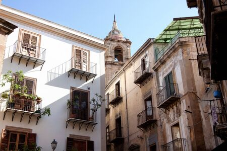 palermo   italy: Houses city street in Palermo, Italy
