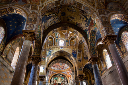 angel gabriel: Interior Shot of the famous church Santa Maria  in Palermo in Sicily, Italy Editorial