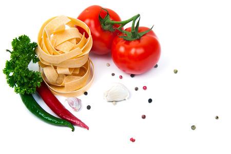 talian: talian pasta fettuccine nest isolated on white background