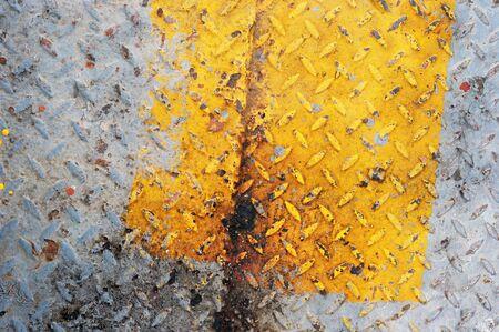 yellow rusty zinc