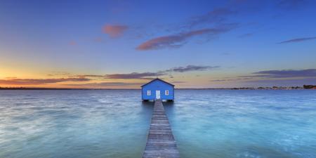 bay: Sunrise over the Matilda Bay boathouse in the Swan River in Perth, Western Australia.