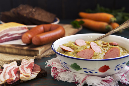 smoked sausage: Hearty traditional Dutch pea soup with smoked sausage, rye bread and bacon