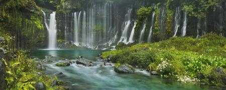The beautiful Shiraito Falls Shiraito-no-taki at the foot of Mount Fuji, Japan. 免版税图像 - 43701162