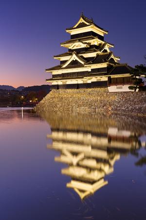 matsumoto: The Matsumoto Matsumoto-jo castle in the city of Matsumoto, Japan at night.