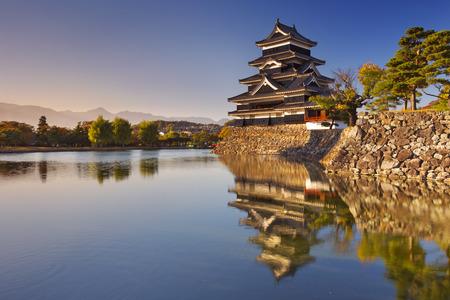 matsumoto: The Matsumoto Matsumoto-jo castle in the city of Matsumoto, Japan at sunset.