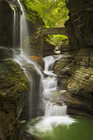 The Rainbow Falls waterfall in Watkins Glen Gorge in New York state, USA. Reklamní fotografie