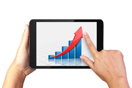Hand hält digitalen Tablet mit Business-Grafik auf dem Display Standard-Bild