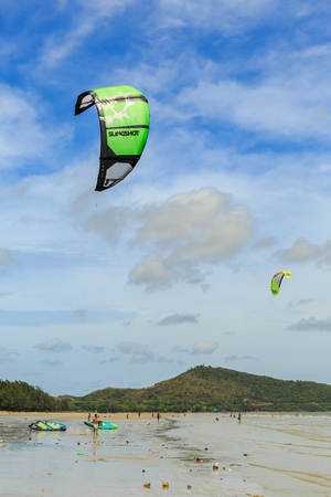 kiteboarding: SATTAHIP, THAILAND - MAY 28, 2016 : The group of Kitesuef are practice for next completition. This is the nice view of sailing and kitesuef clubs in Sattahip Chonburi, THAILAND on May 28, 2016 Editorial