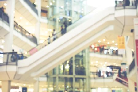 Fondo del mosso del centro commerciale del grande magazzino: Stile d'annata. Archivio Fotografico - 74661873