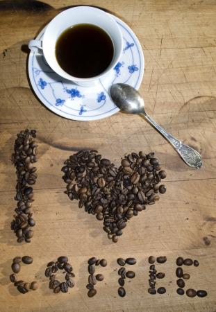 tomando refresco: Me encanta el concepto de caf� Foto de archivo