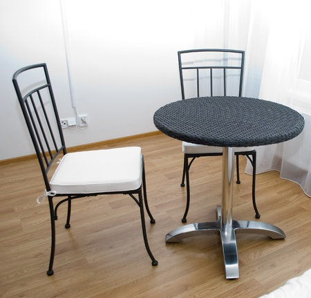 dinning table: dinning table