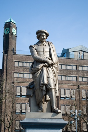 rembrandt: Statue of Rembrandt in Amsterdam Stock Photo