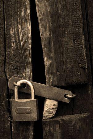 aged lock photo