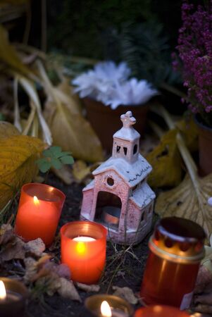 cemetery: cemetery candles