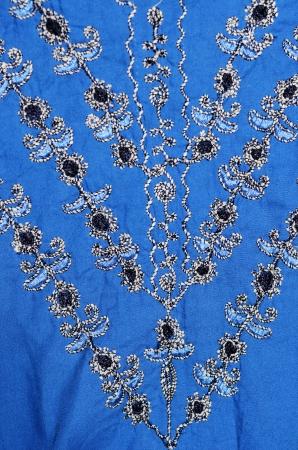 gestickt: bestickte Kleid Detail