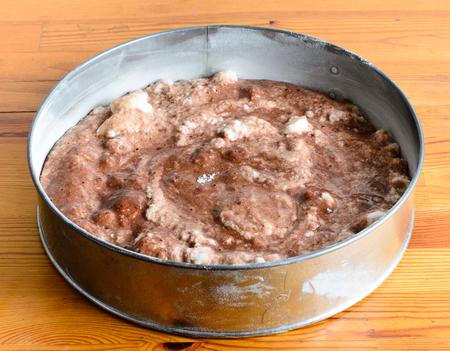 baking cake: baking cake
